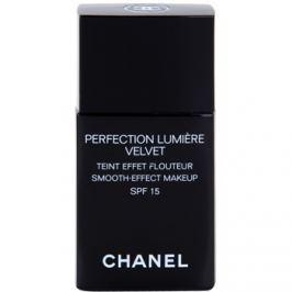 Chanel Perfection Lumière Velvet zamatový make-up pre matný vzhľad odtieň 22 Beige Rosé SPF 15  30 ml
