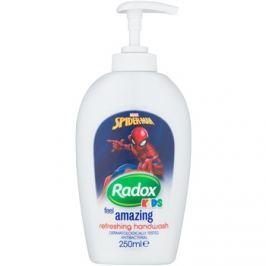 Radox Kids Feel Amazing osviežujúce tekuté mydlo na ruky  250 ml